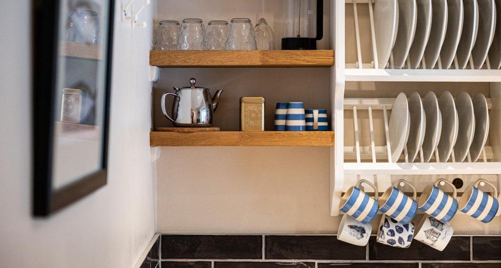 Apartment-Anchorage-kitchen-1