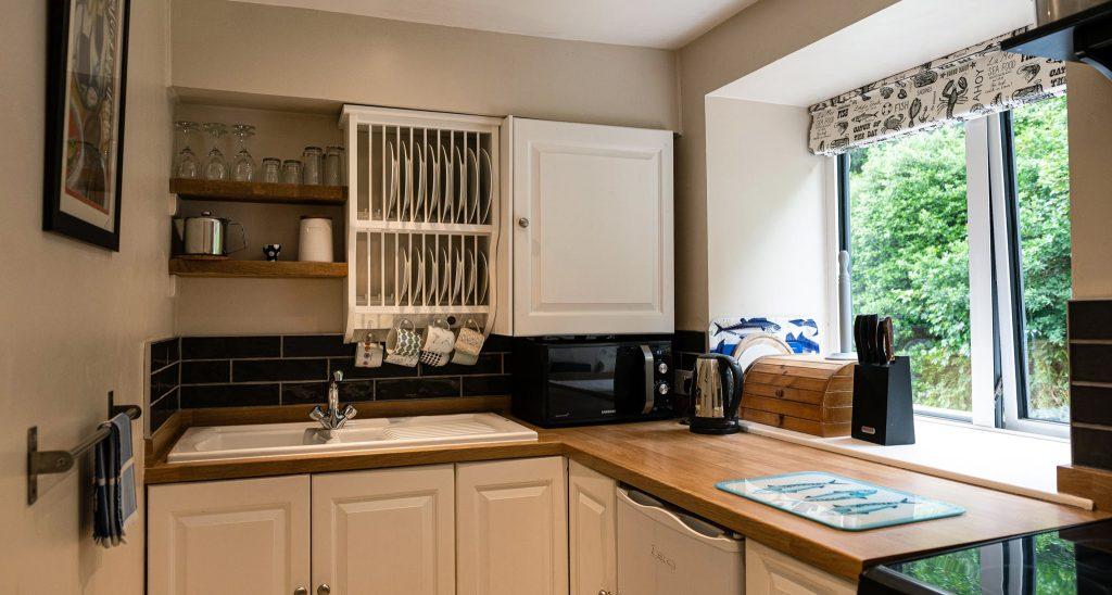 Apartment-Upperdeck-kitchen-1