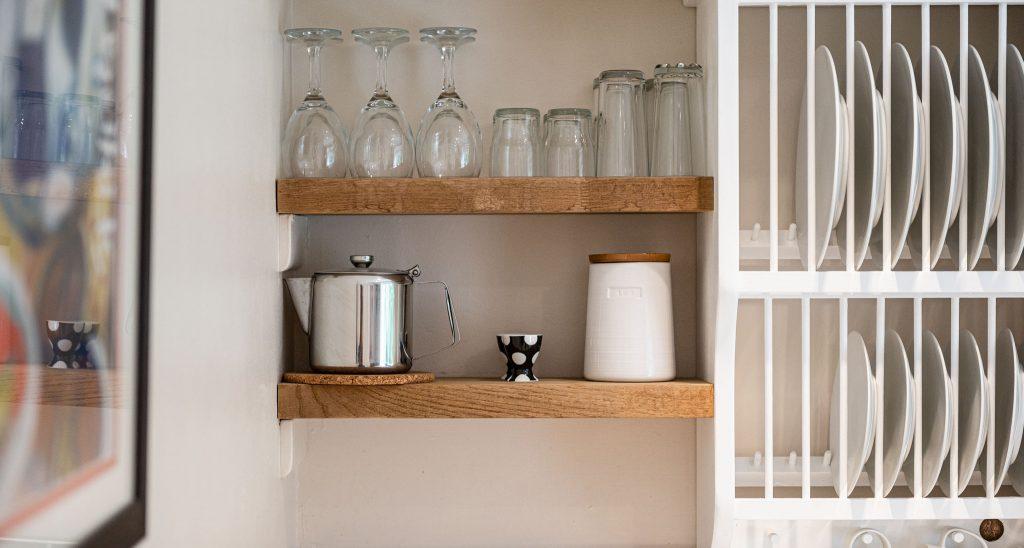 Apartment-Upperdeck-kitchen-2